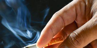hút thuốc lá sau khi nhổ răng
